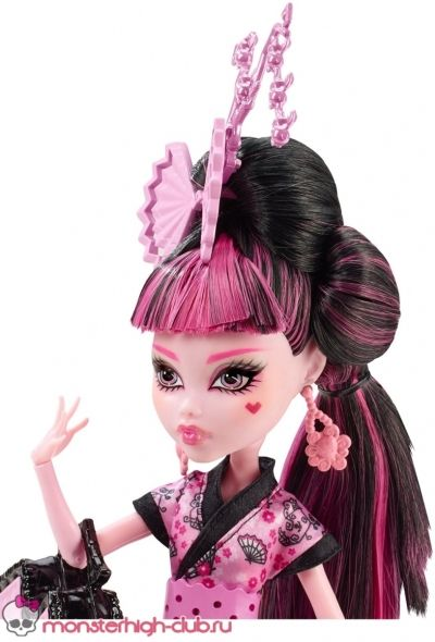 monster_high_draculaura_monster_exchange_03