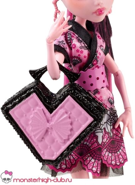 monster_high_draculaura_monster_exchange_04