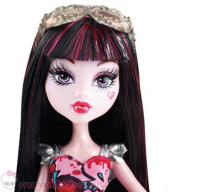monster_high_frightseers_3_pack_catty_noir_draculaura_clawdeen (2)