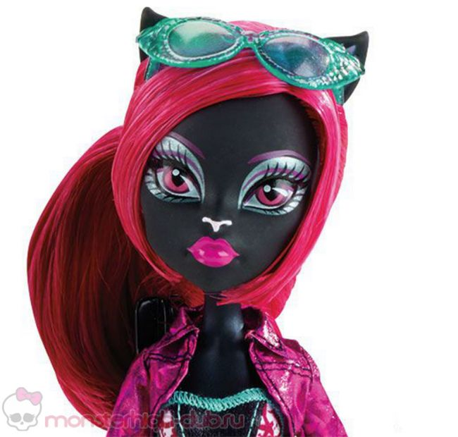 monster_high_frightseers_3_pack_catty_noir_draculaura_clawdeen (3)